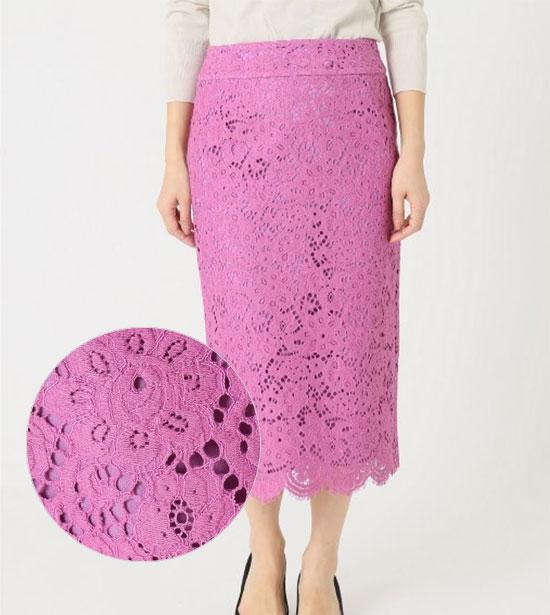 大人のピンクコーデ・IENA(イエナ) のスカート画像1b